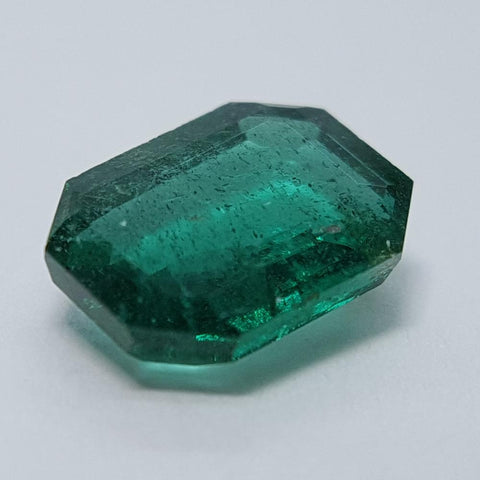 Emerald - 1.25ct Modified Emerald Gemstone - Spada Diamonds