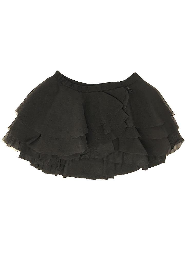 We love this super layered tulle skirt, pair it with her favourite t-shirt to create the perfect party look. Lined elastic waist, lots of light tulle and a super soft modal base between the skin and the tulle, to keep it itch-free and soft. Get ready to twirl. 2 to 10 years of age.