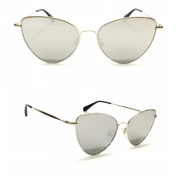جنتل مونستر Grey Lens Silver metal Frame and metal Sides Sunglasses For Unisex