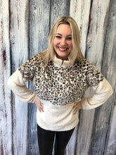 Load image into Gallery viewer, Shearling Teddy Leopard Pullover