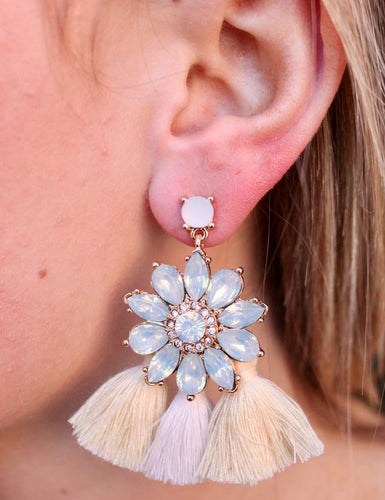 POST DROP CRYSTAL FLOWER EARRING WITH TRIPLE FABRIC TASSEL-IVORY