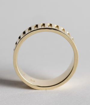 Foundation Ring - Yellow Gold
