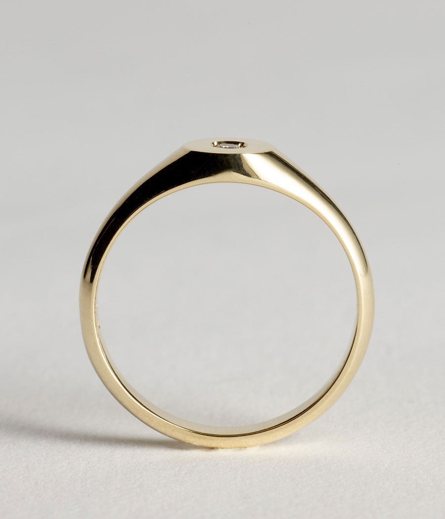 Beam Signet - Yellow Gold