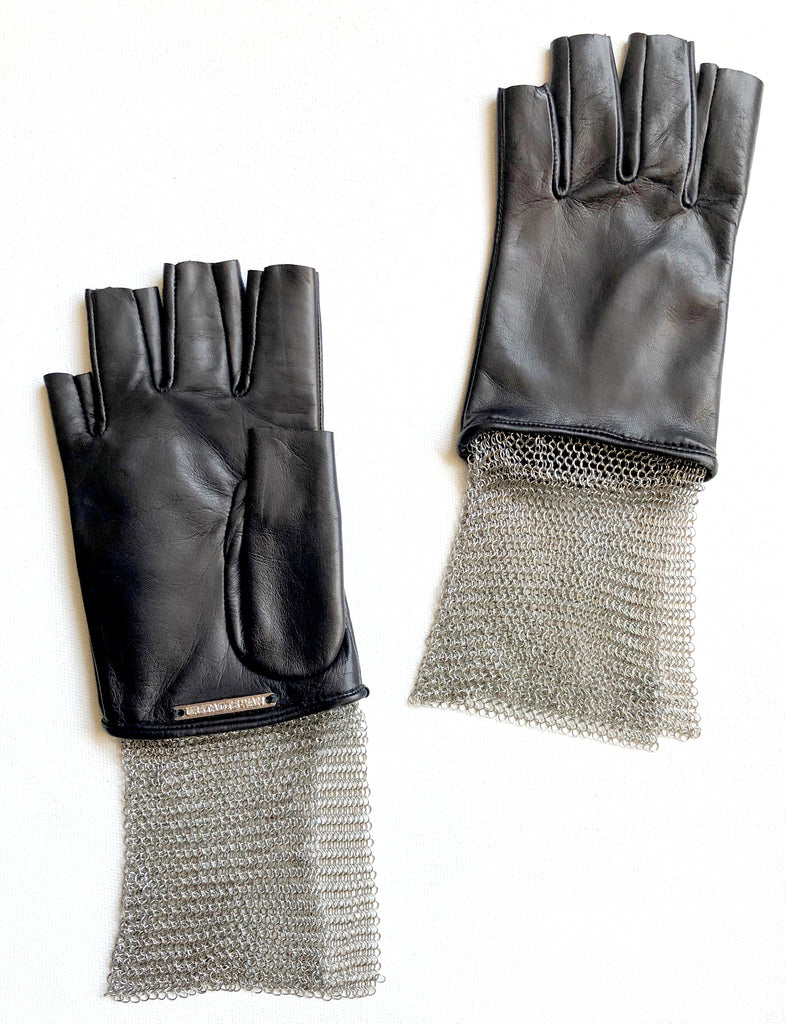 Chain Mesh Fingerless Stevie Gloves