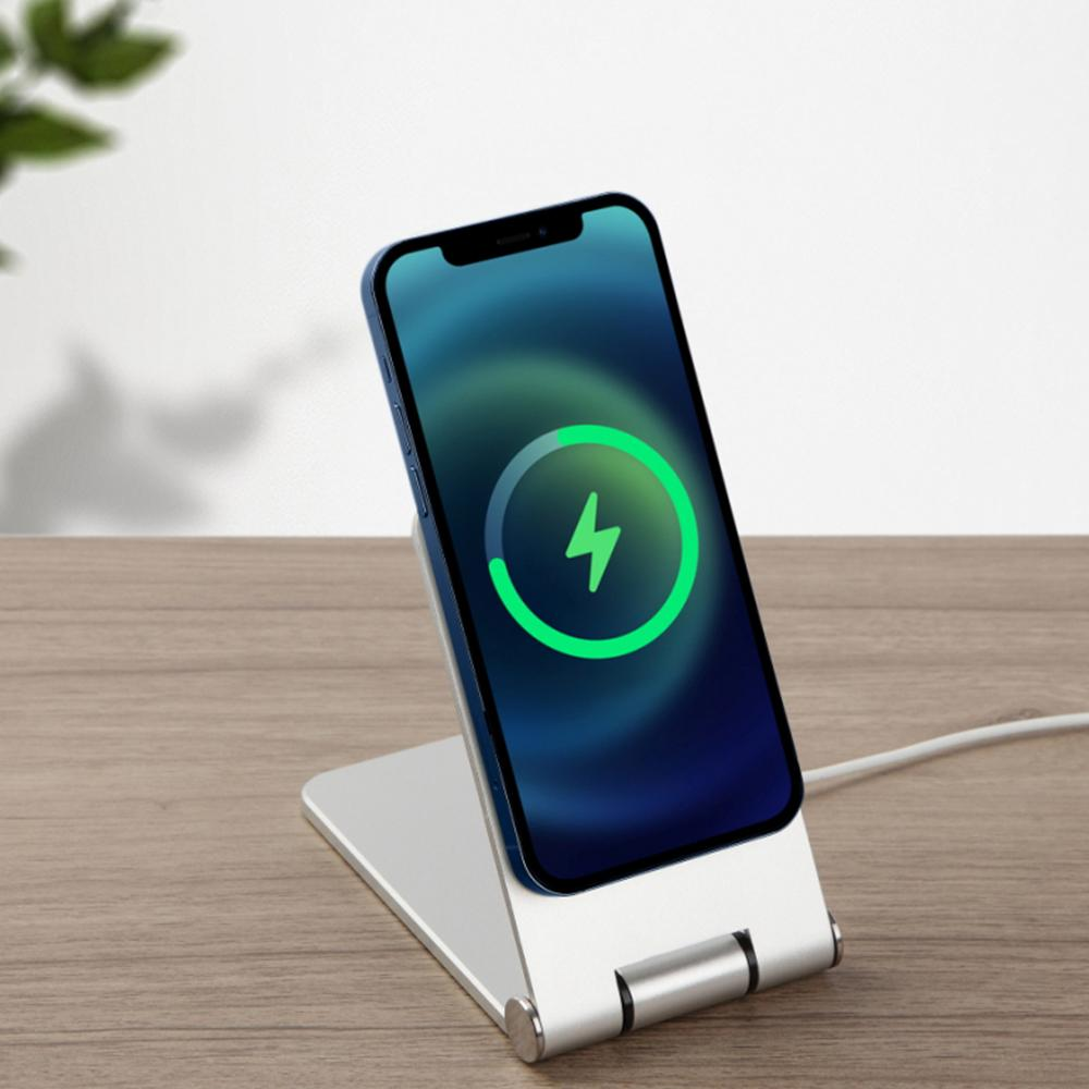 Magnee Magnetic Charger Stand - Maybach Mobile