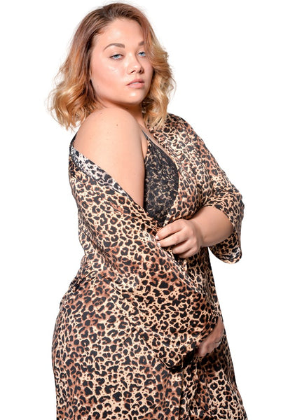 We-are-on Plus Size Robe & Chemise 2 Piece Set