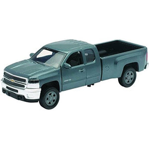 "New Ray 54953 ""Chevrolet Silverado 2500HD 2011"" Model Car"