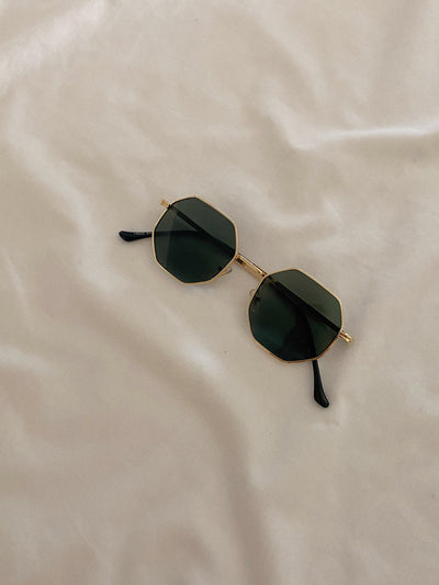 Cala Sunglasses / Grey
