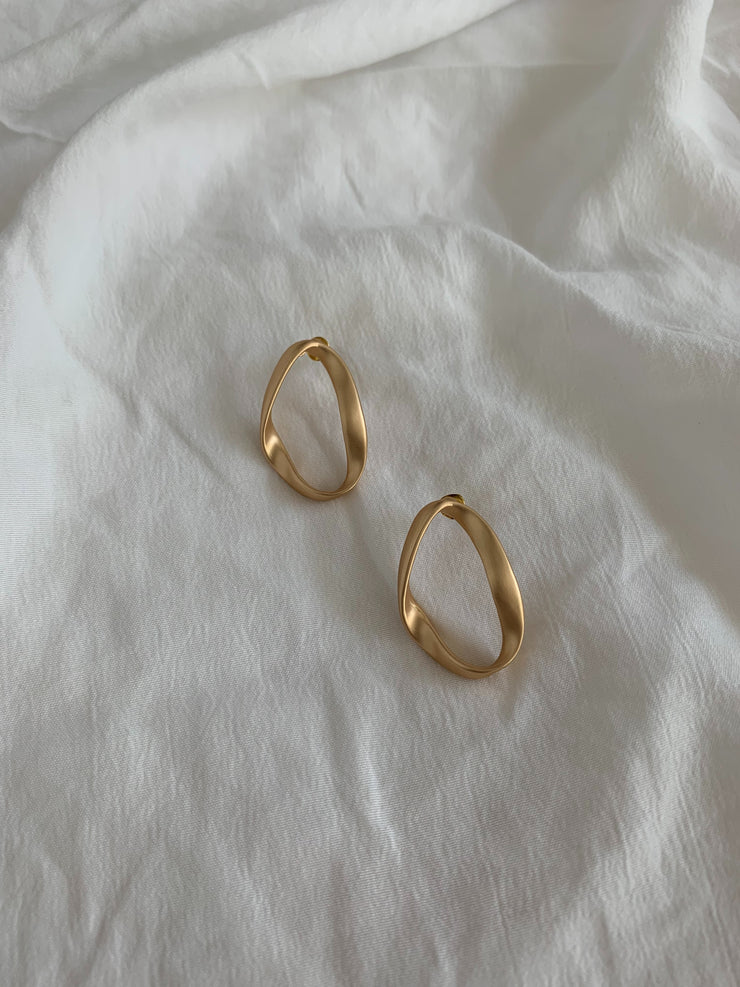Strano Earrings