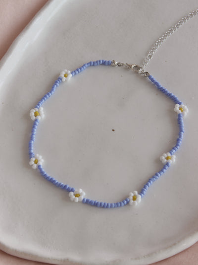 Sky Daisy Necklace