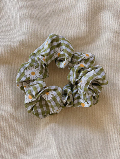 Green Gingham Daisy Scrunchie