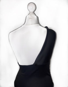 Boujie Asymmetric Top