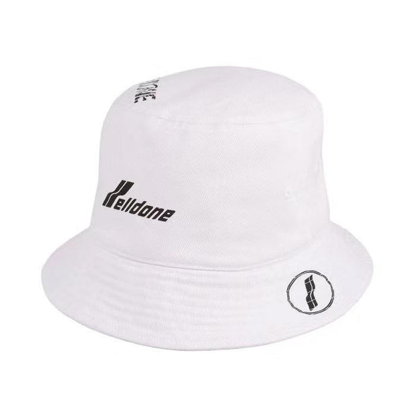 We11done logo-print bucket hat (Black/White)