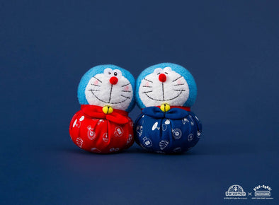 Wink Eye Doraemon Ornament (Red/Navy)