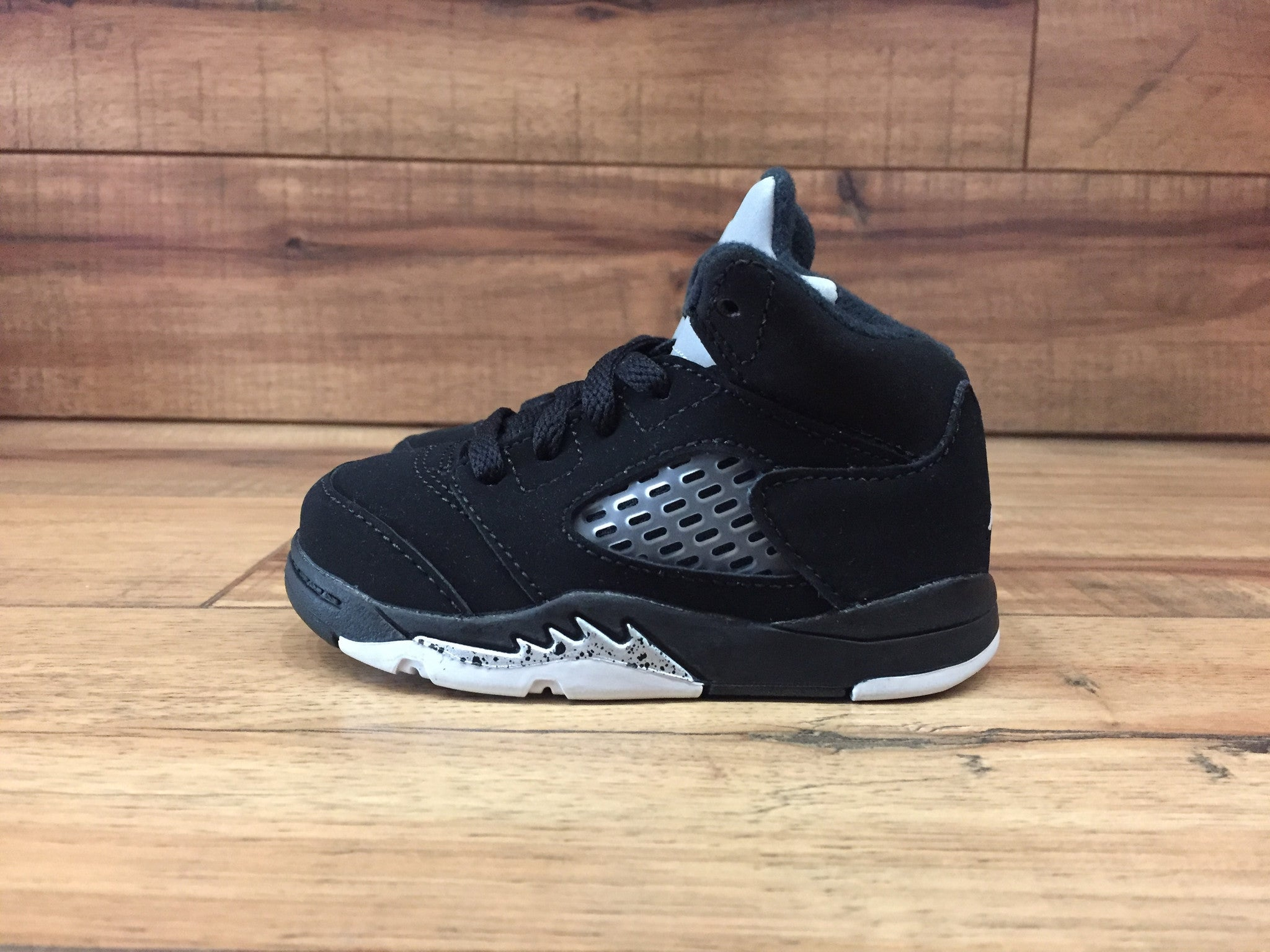 cb7a4d3db8db85 Nike Air Jordan 5 OG metallic black toddler (440890 003 ...