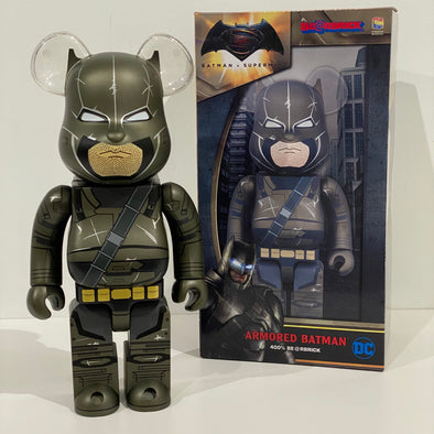 Medicom Armored Batman 400% Bearbrick Batman vs Superman