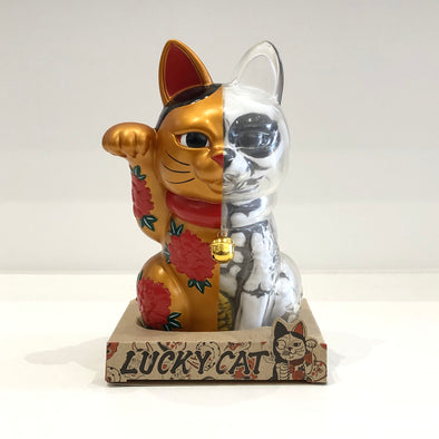 THREE TIDES TATTOO x SECRET BASE x JPS GALLERY LUCKY CATS (Gold)