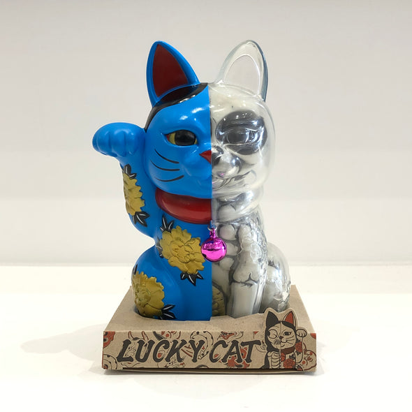 THREE TIDES TATTOO x SECRET BASE x JPS GALLERY LUCKY CATS (Blue)