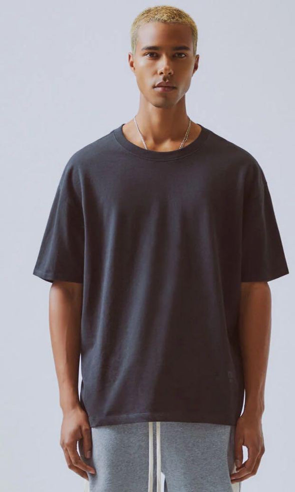 FEAR OF GOD ESSENTIALS 3M Logo Short Sleeve Tee (Black)
