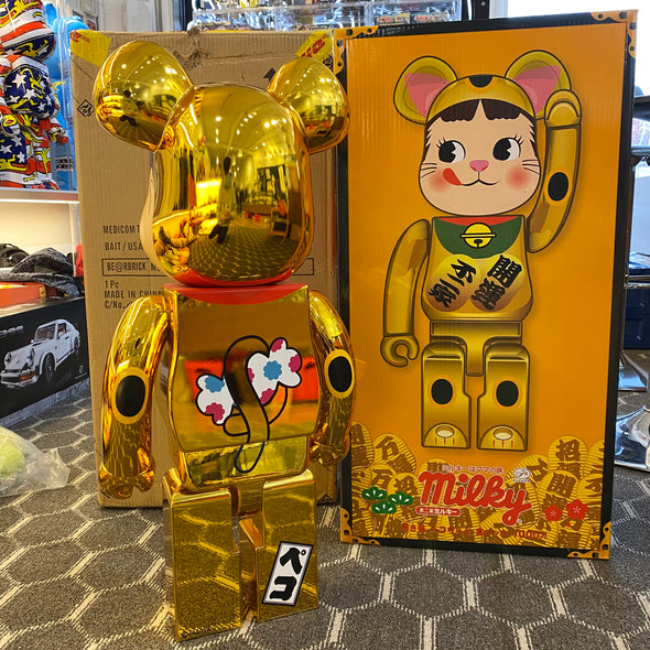 Be@rbrick Maneki Peko Gold 1000%