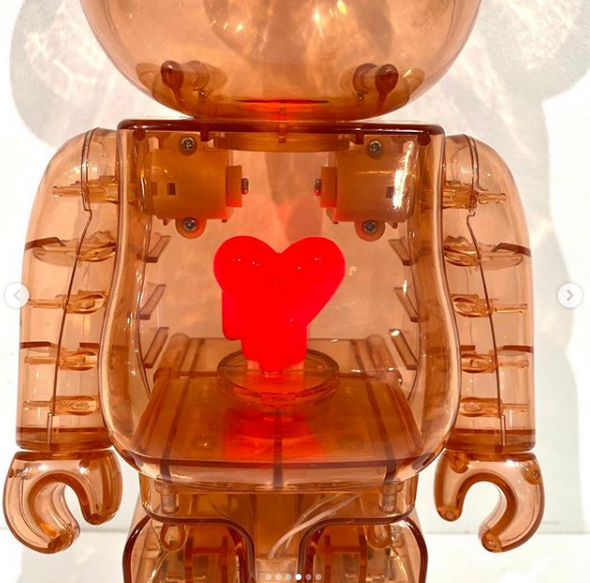 Be@rbrick x Emotionally Unavailable Red Heart 100% & 400% Set Red
