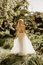 Load image into Gallery viewer, EROS CORSETED - Wedding Dress Molteno