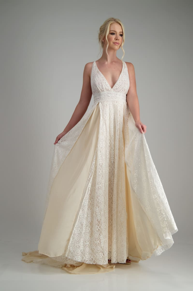 ONYX - Wedding Dress Molteno