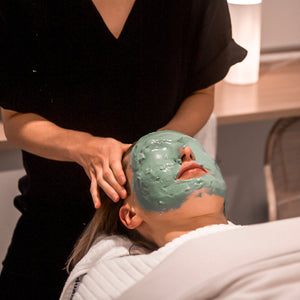 Deluxe Treatment Facial