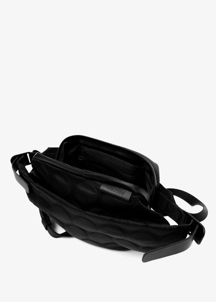 Isarau Small Bag Bubble Black