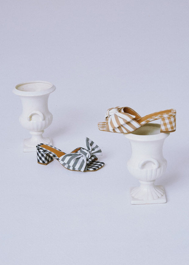 Bow Stripe Heel Black White