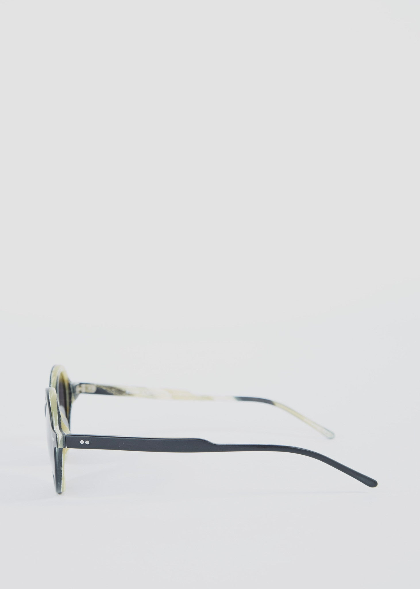 Round & Round Sunglasses Black Horn