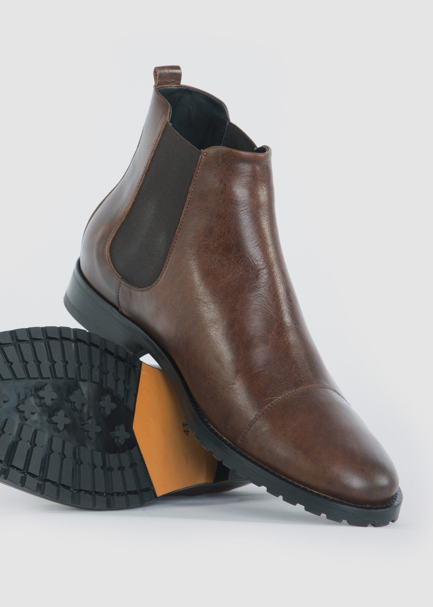 Nano Chelsea Midcut Shoes Brown