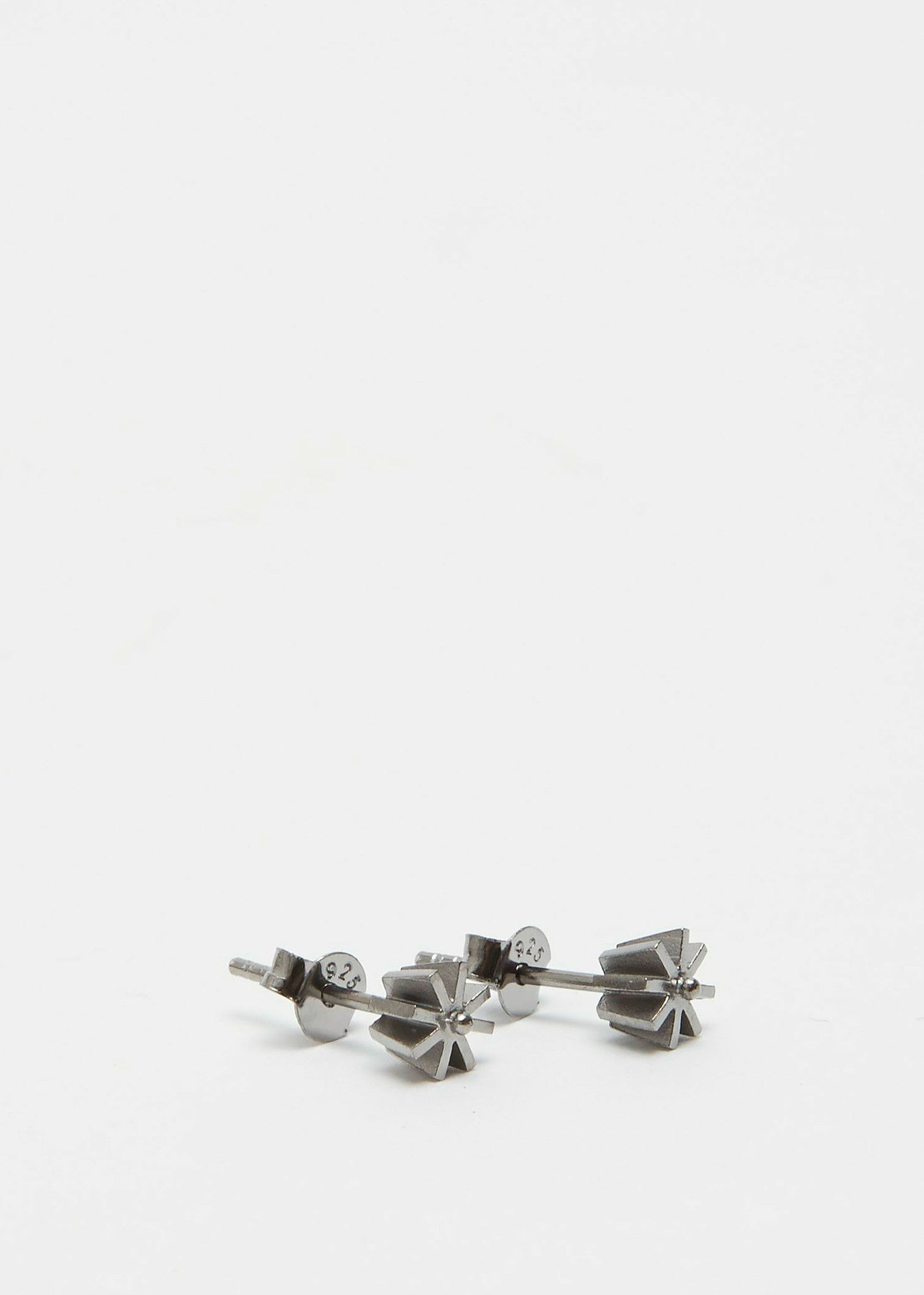 The Small Flower Earring Black Rhodium