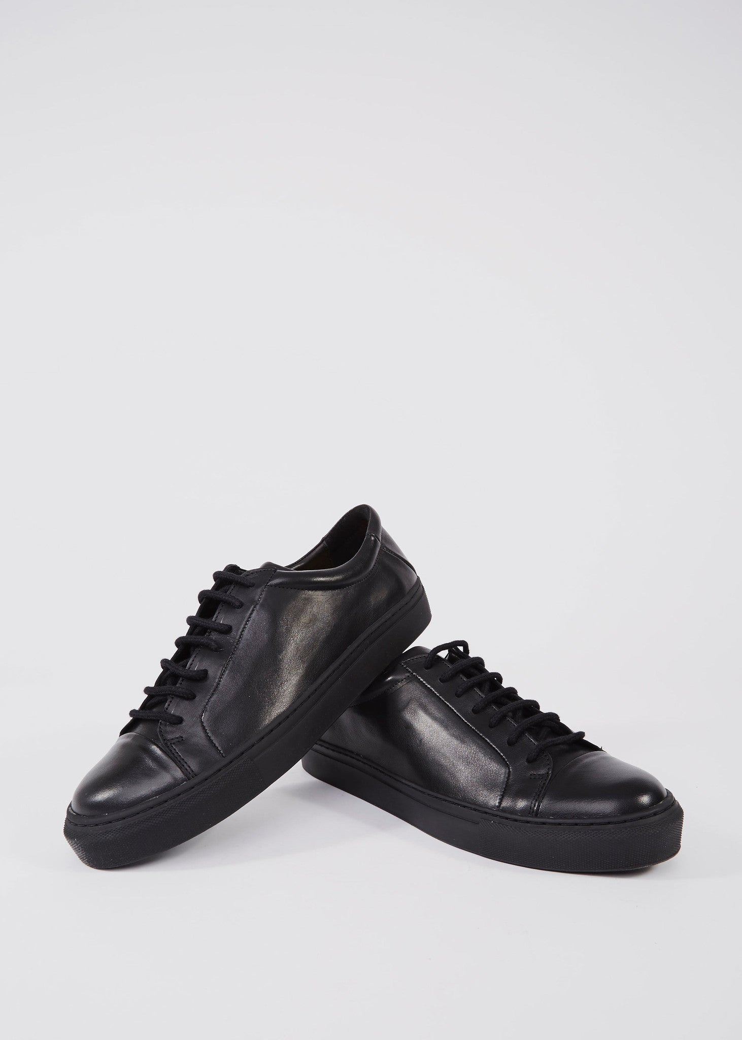 Spartacus Shoes Black