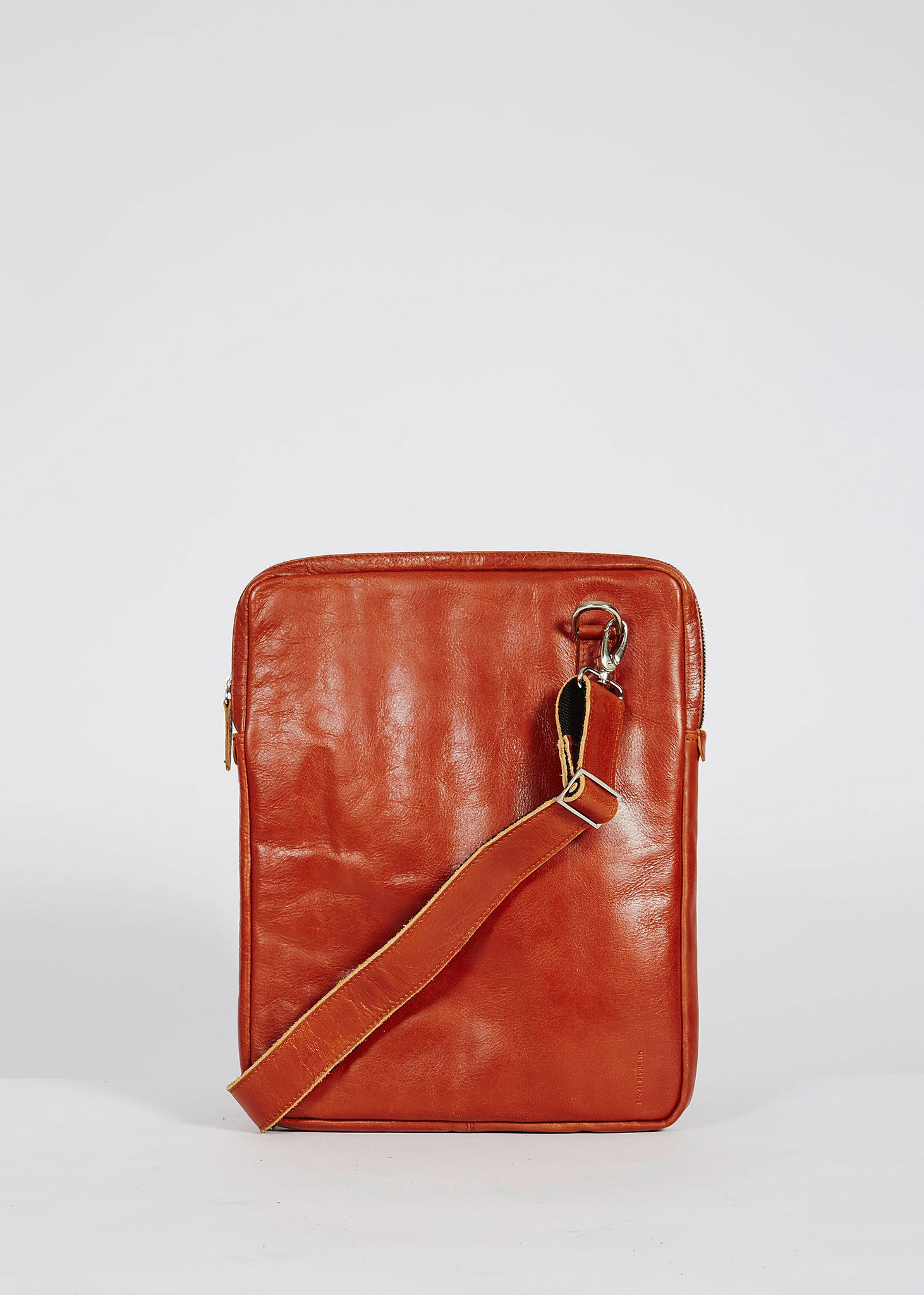 Laptop Cover with Strap Cognac