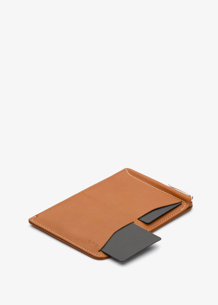 Passport Sleeve Caramel