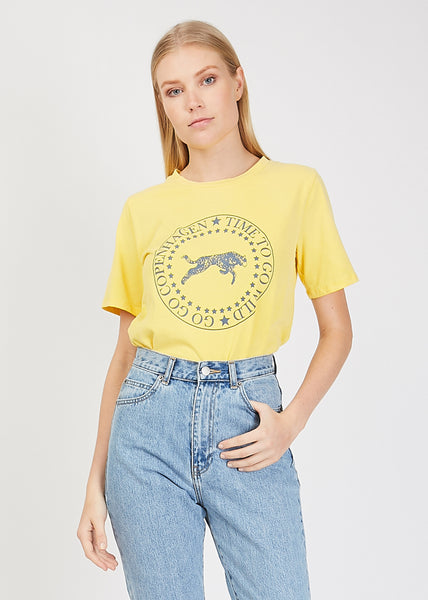 Leo Tee Pale Yellow