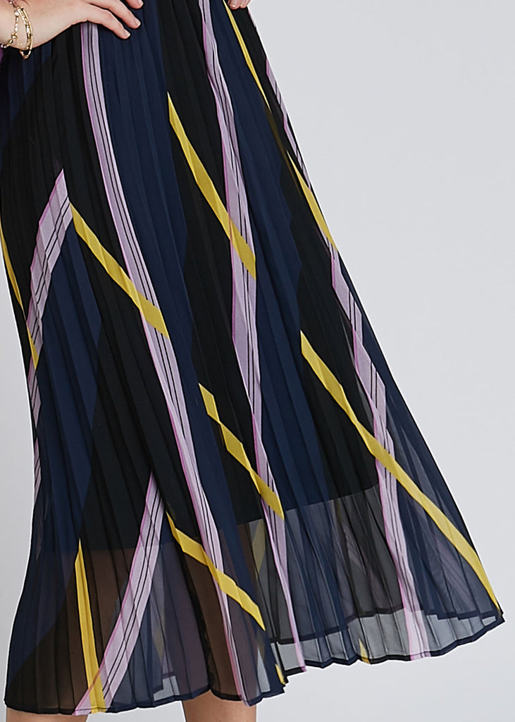 Moe Pleated Skirt Diagonal AOP