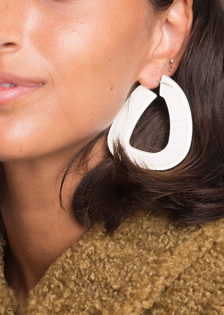 Anais Earrings White