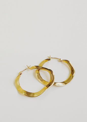 Current Earrings 18ct Gold