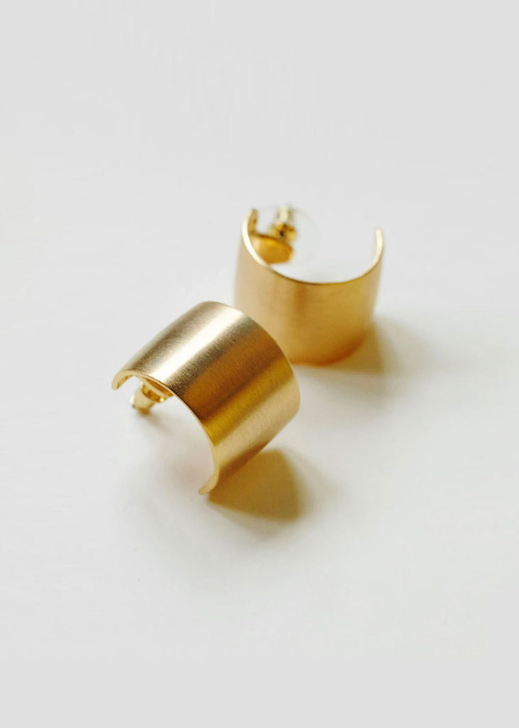 Tube Earrings Gold
