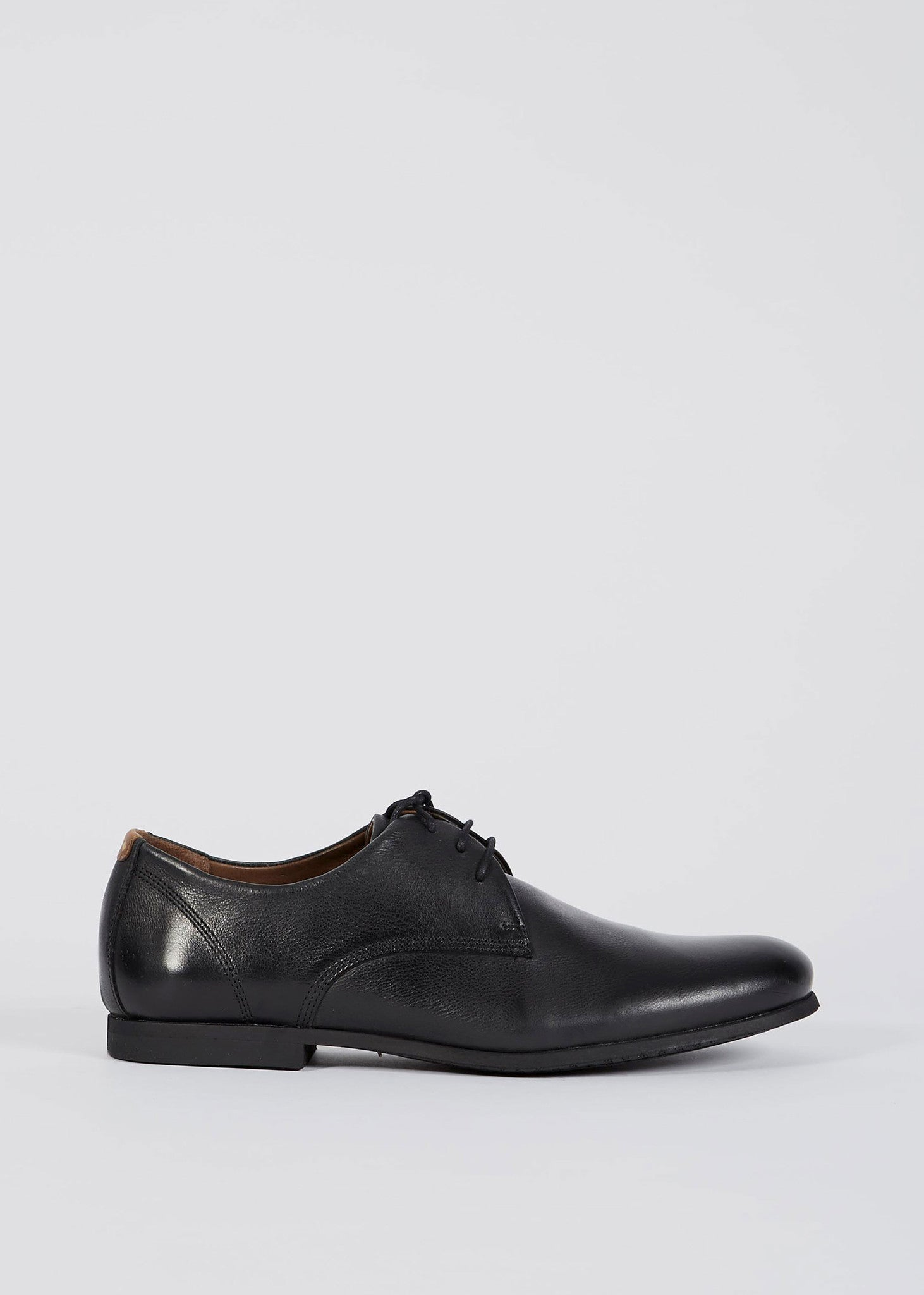 Cast Derby Shoes Black