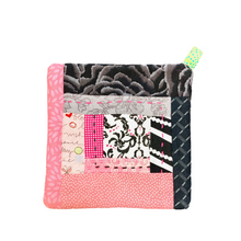 Load image into Gallery viewer, Pink Black Handmade Potholder:  Cap Haitien Haiti