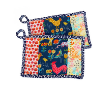 Load image into Gallery viewer, Zanmi Pot Holders - Set of 2