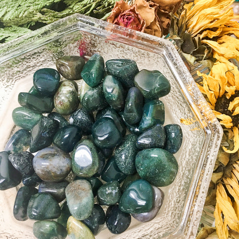 Moss Agate Tumbled Healing Stone // Root Chakra // Earth Element