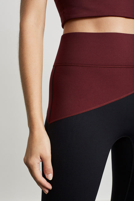 Top Blocked Legging by A.L.C. x BANDIER in Plum/black 3
