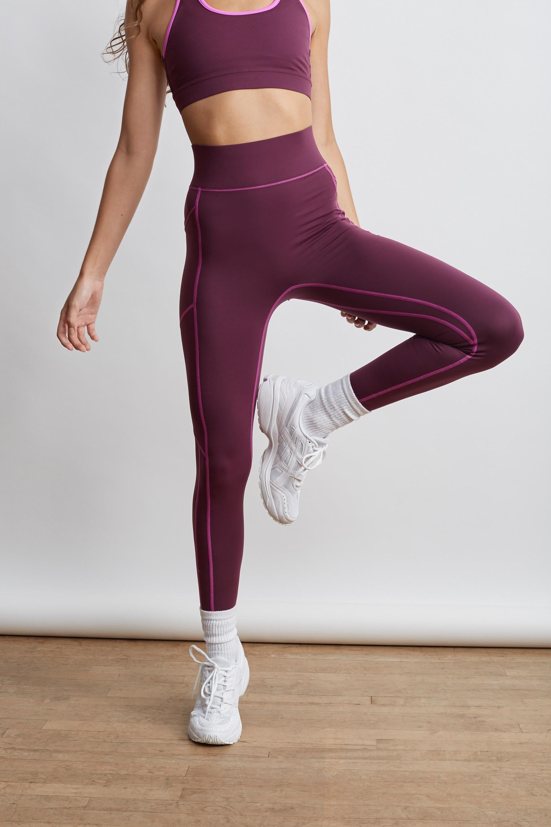 Center Stage Pocket Leggings in Mulberry Bandier
