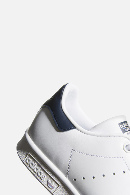 Stan Smith by adidas in Ftw White/ftw White/collegiate 2