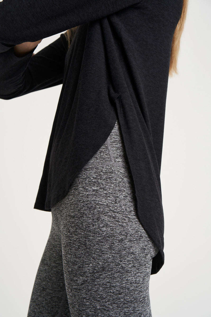 Cut And Run Pullover by Beyond Yoga in Darkest Night 3