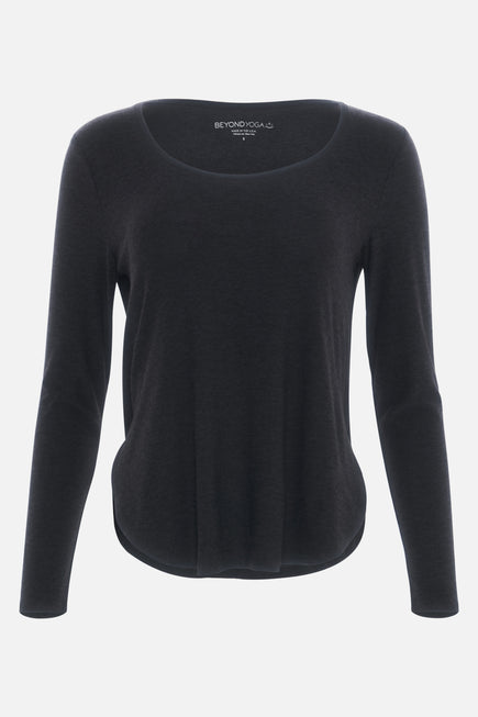Cut And Run Pullover by Beyond Yoga in Darkest Night 7